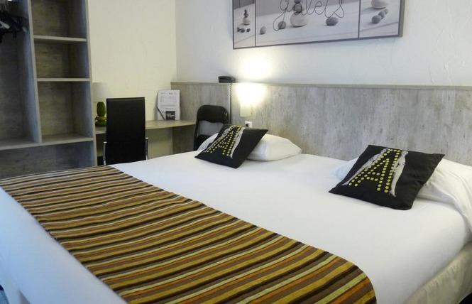 BRIT HOTEL BOSQUET 1 - Carcassonne