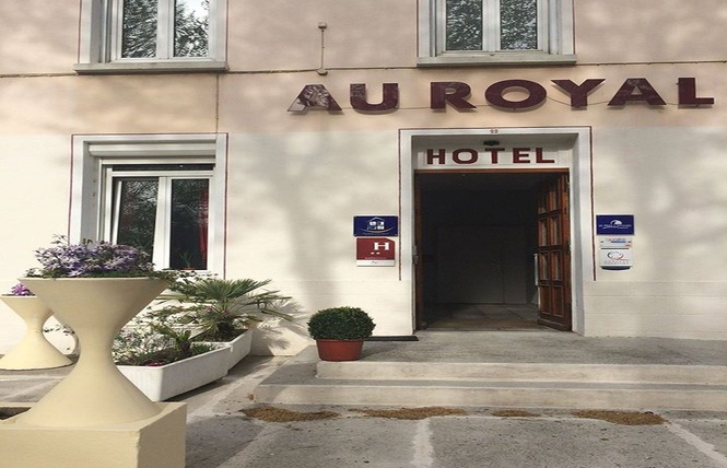 AU ROYAL HOTEL 2 - Carcassonne