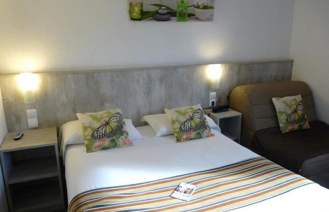 BRIT HOTEL BOSQUET 5 - Carcassonne