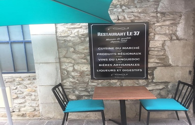 LE 37 2 - Carcassonne