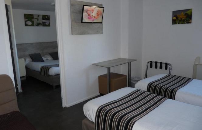 BRIT HOTEL BOSQUET 4 - Carcassonne