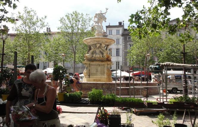LE DONJON 23 - Carcassonne